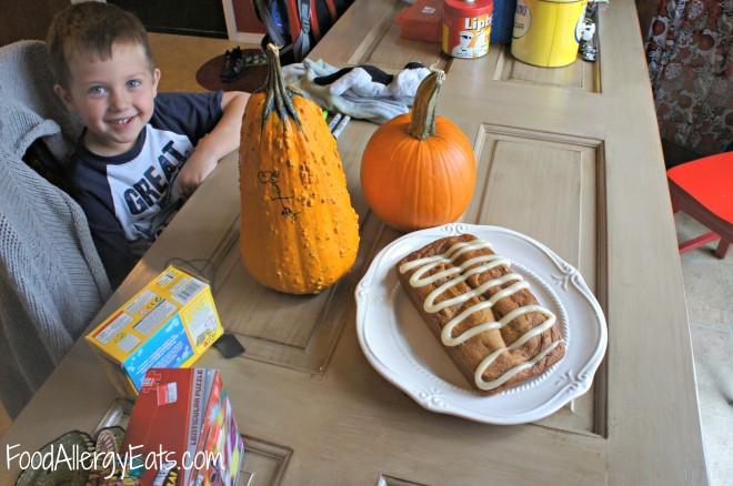 Allergy Friendly Pumpkin Bread @foodallergyeats