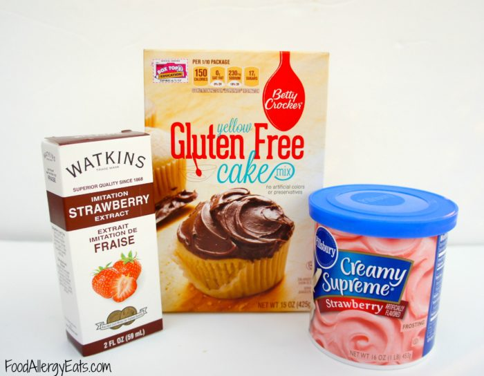 Allergy Friendly Strawberry Cupcakes from @FoodAllergyEats