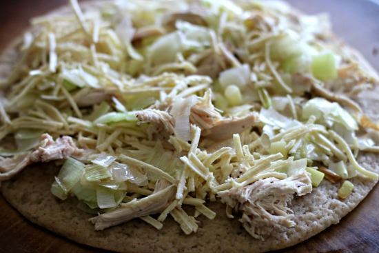 Rotisserie Chicken & Leek Homemade Pizza #glutenfree